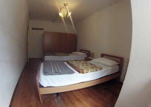 Camera con due o tre letti singoli